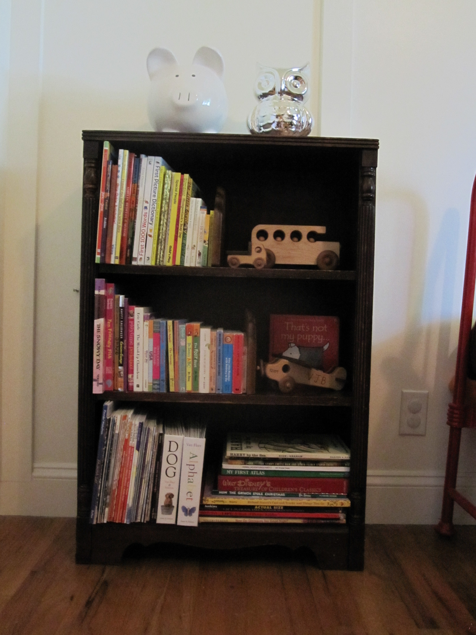 how to refinish a bookshelf - Picture Of Book Shelf
