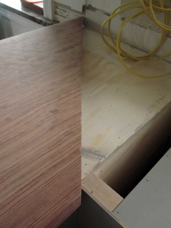 Kitchen Counters Cut Peninsula