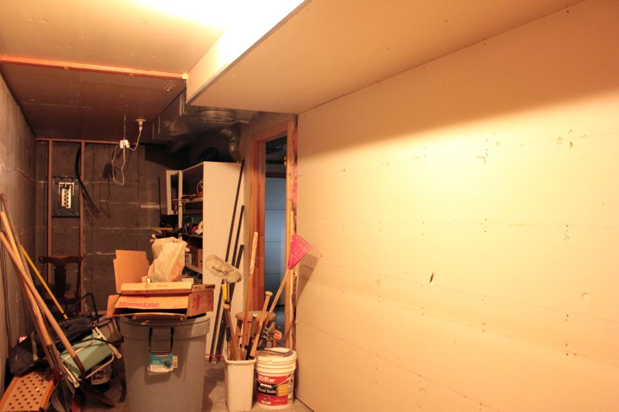 Garage-Storage-Room-Wall-Remove