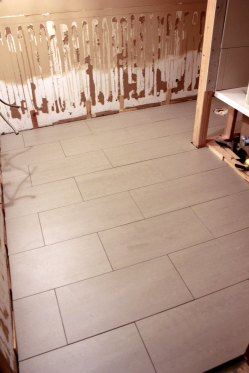 Main-Bathroom-Floor-Tile-Cleaned