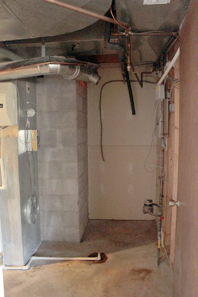 Utility-Room-Without-Water-Heaters