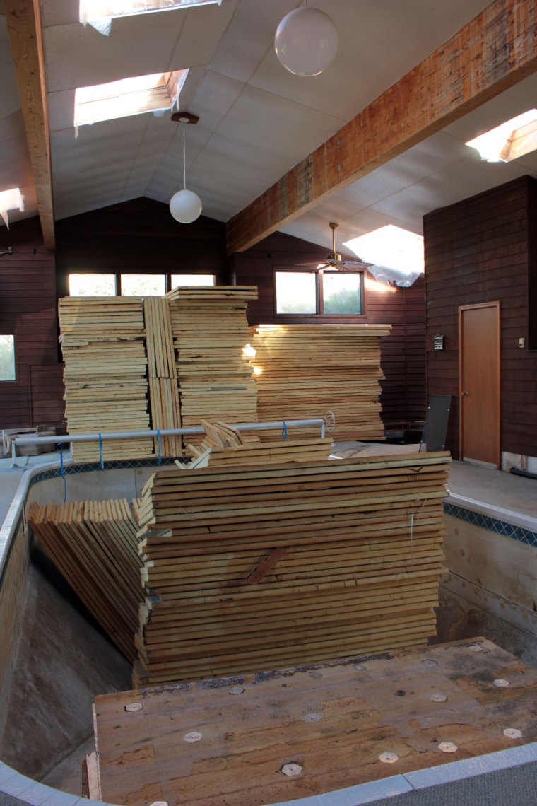 Pool-Room-Loaded-with-Insulation