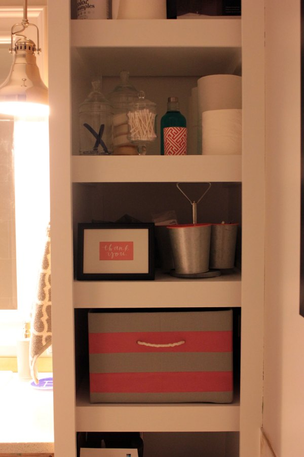 Main-Bathroom-Striped-Box-on-Shelf