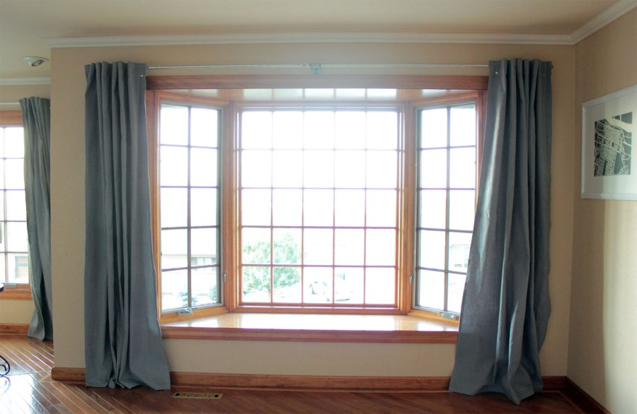 Curtains-in-Dining-Room