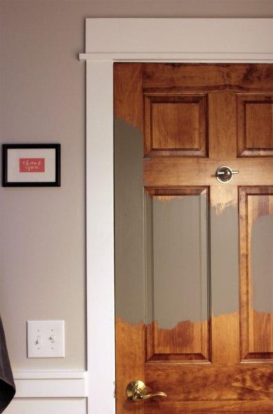 Squirrel-Test-on-Bathroom-Door