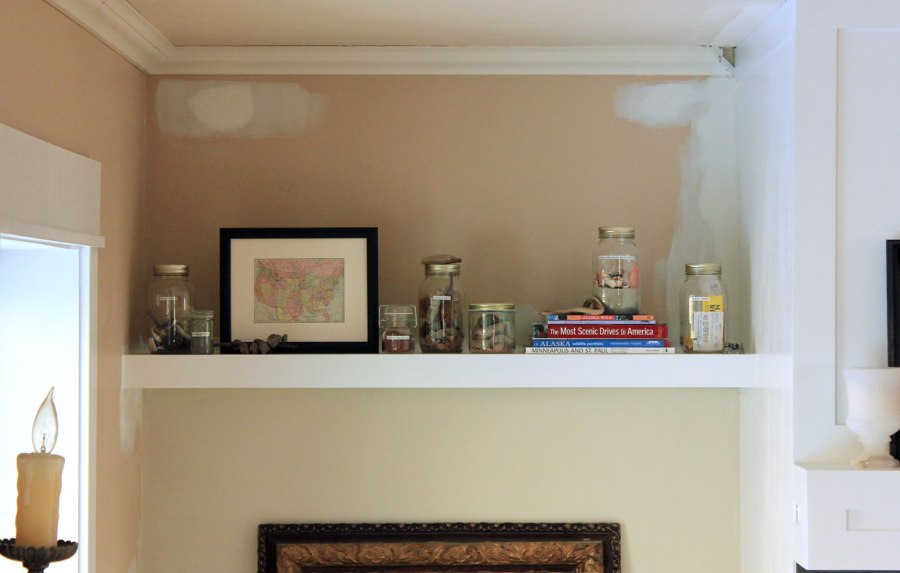 Family-Room-Bookshelf-Arrangement-Fewer-Jars