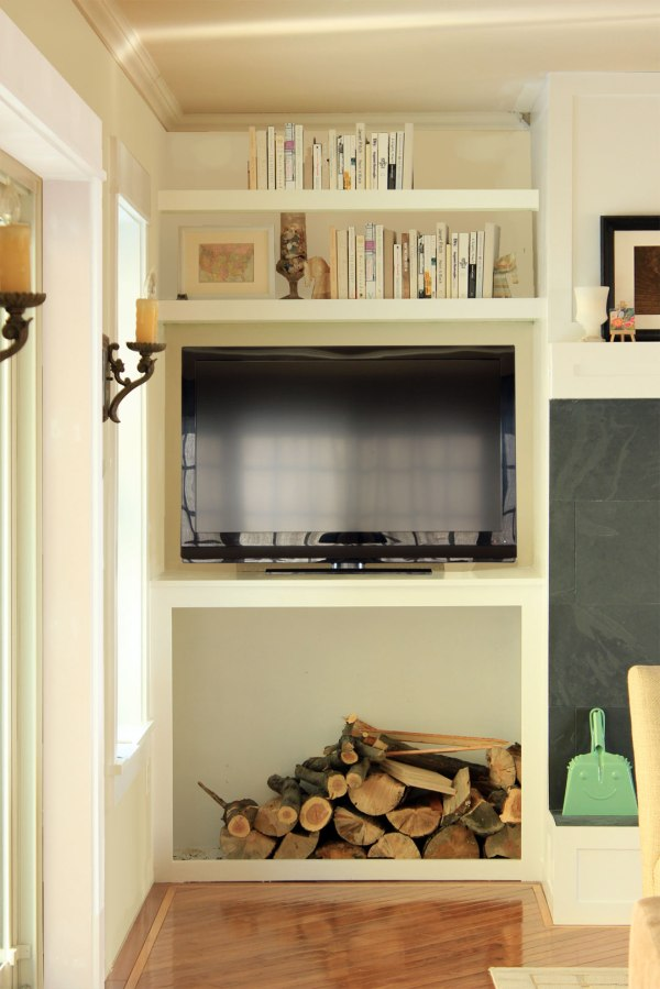 Family-Room-Bookshelf-Photoshopped-with-TV