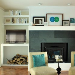 Family-Room-Nook-with-Small-TV-and-Shelves
