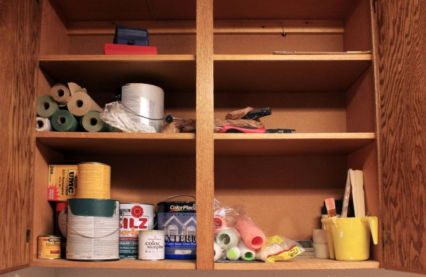 Laundry-Organization-Paint-Supplies-Before