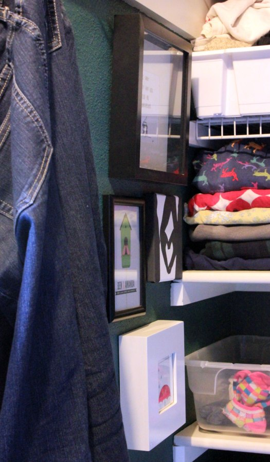 Art-in-Closet-Side