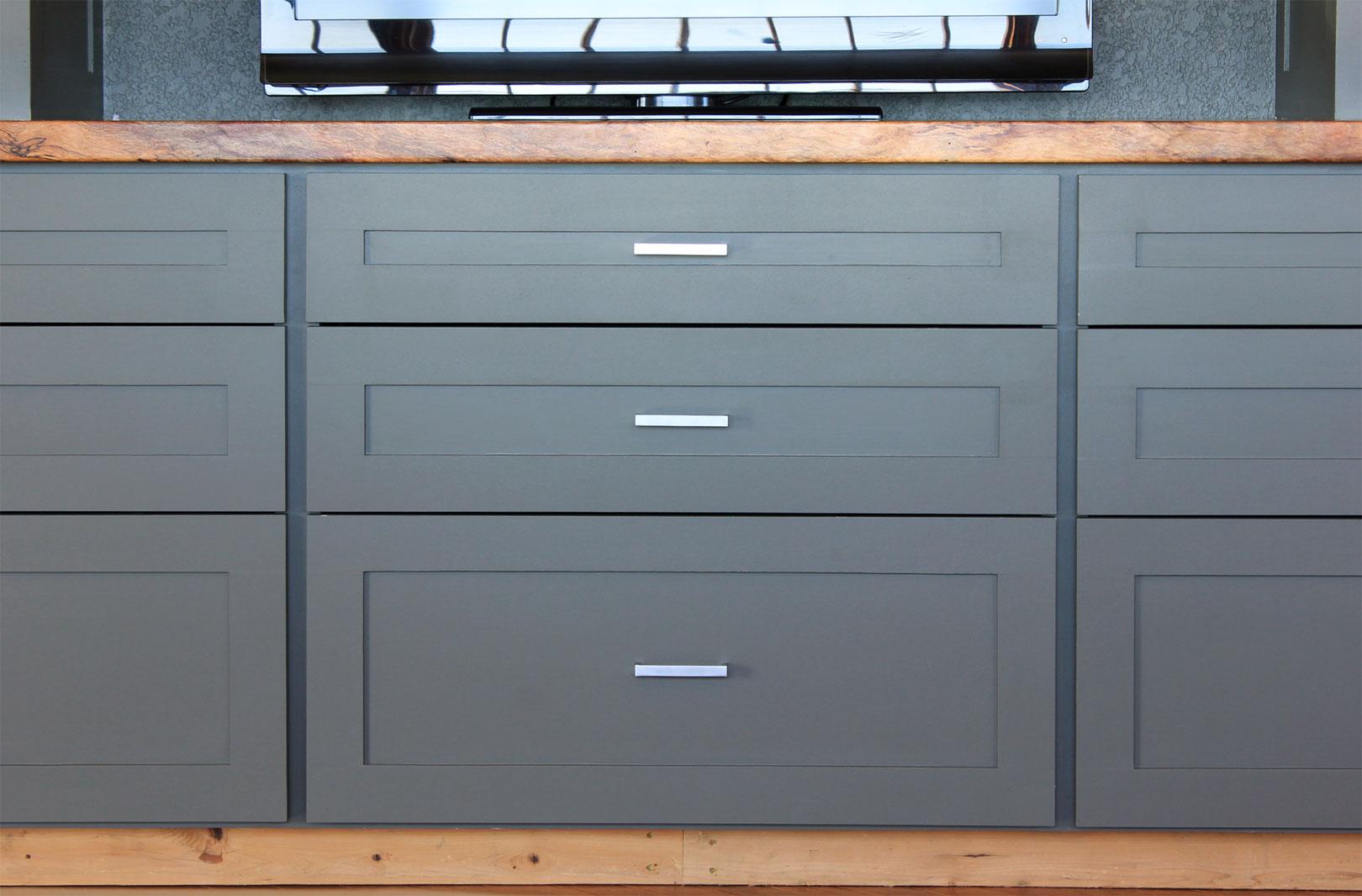 entertainment center drawer front detail. Black Bedroom Furniture Sets. Home Design Ideas