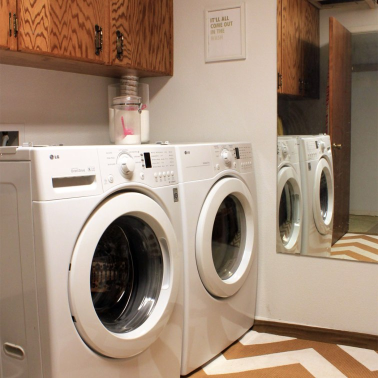 Laundry-Room-Washer-and-Dryer