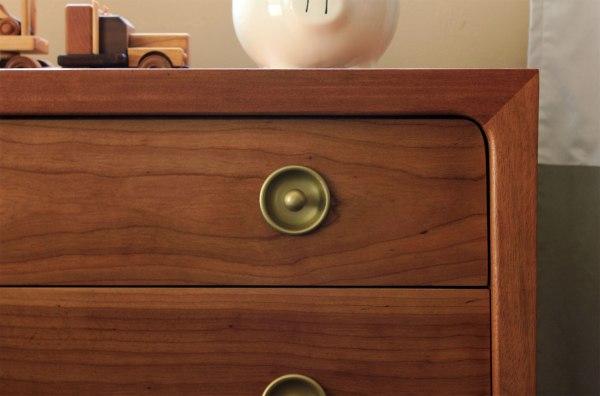 Drexel-Dresser-Handle-Detail