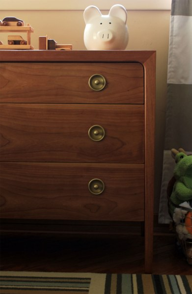 Drexel-Dresser-Side