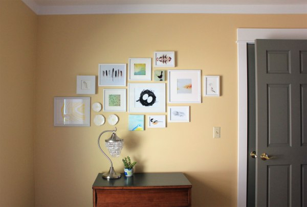 Gallery-Wall-in-Guest-Room