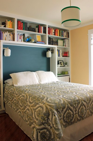 Guest-Room-with--Damask-Bedding