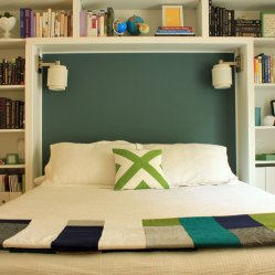 Patch-Quilt-on-Guest-Bed