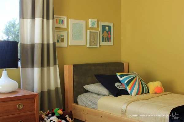 Boys-Bedroom-Ev's-Headboard