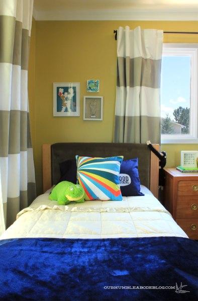 Vs-Bedroom-Art