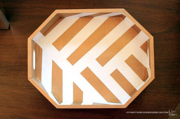 Gold-Octagon-Remote-Tray-Detail