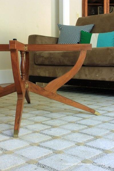 Goodwill-Folding-Table-Leg-Detail