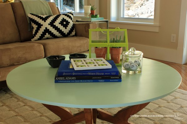 New-Coffee-Table-in-Family-Room-Top-Detail