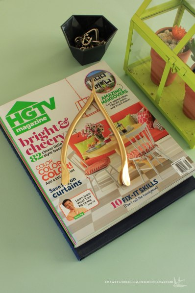Gold-Clay-Wishbone-on-Magazines-2