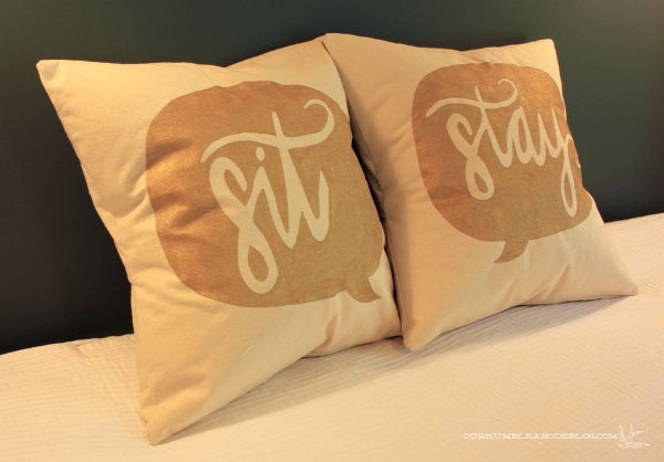 Natural-and-Gold-Sit-and-Stay-Pillows
