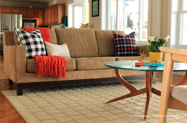 Christmas-Home-Tour-Couch-Pillows