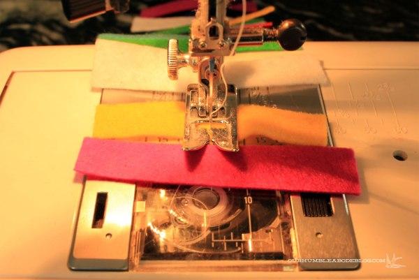 Sewing-Felt-Garland