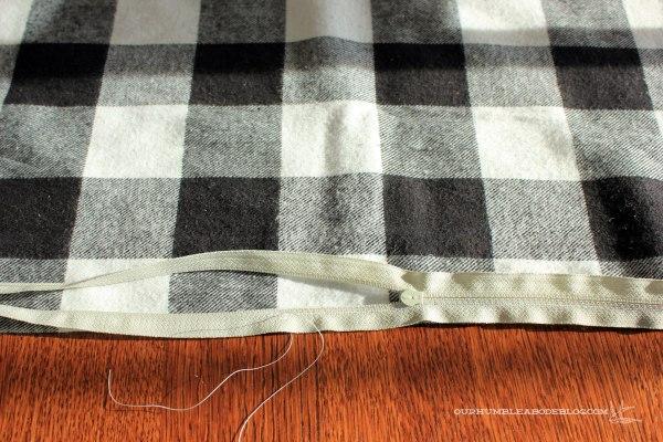 Zipper-Tutorial-Zipper-Half-Sewn