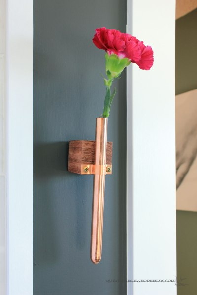 Copper-Bud-Vase-Hanging-Side