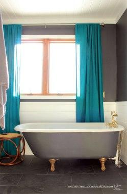Master-Bathroom-Claw-Tub-and-Window-Curtains