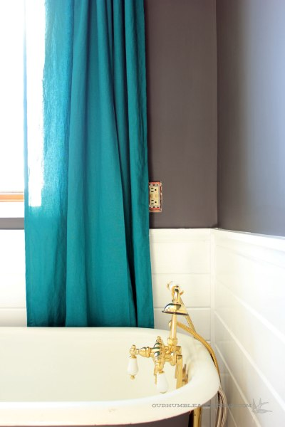Master-Bathroom-Window-Curtains-and-Tub