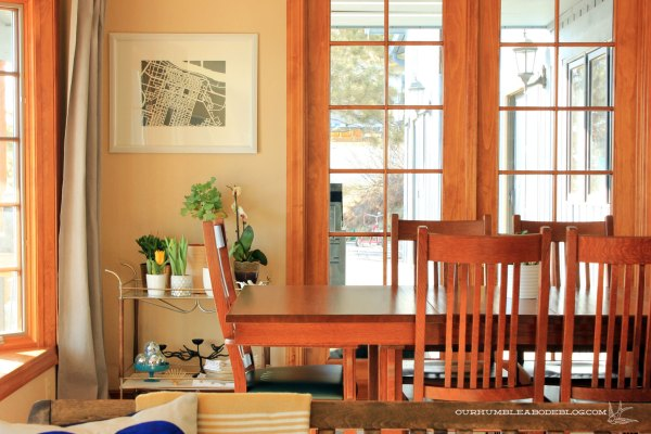 Dining-Room-with-Cart-and-Plants