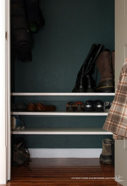 Entry-Closet-Shoe-Shelves-Detail