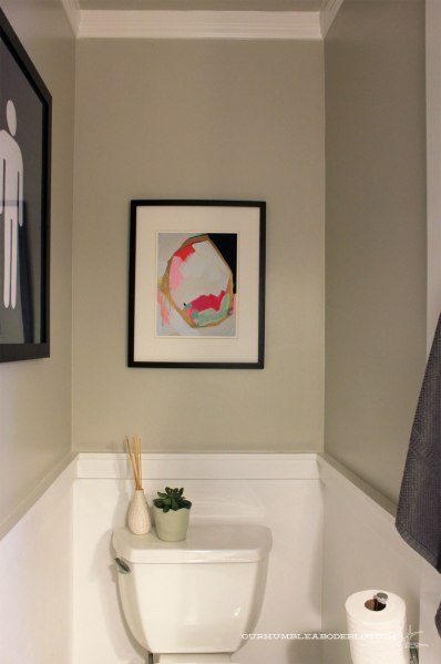 Navy-Geo-Print-in-Bathroom