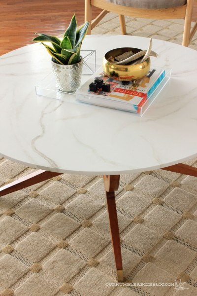 Faux-Marble-Table-Top-with-Legs