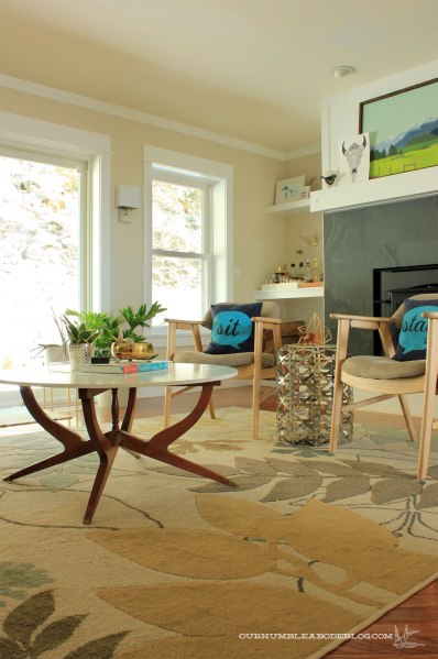Floral-Rug-in-Family-Room-Toward-Windows
