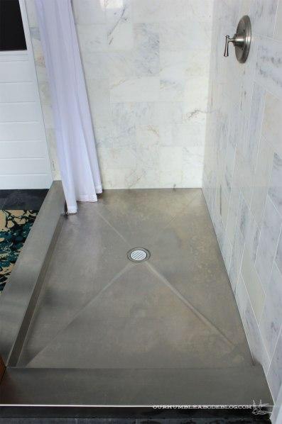 Master-Bathroom-Stainless-Steel-Shower-Pan-Water