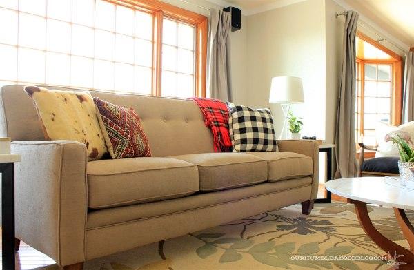 Flexsteel-Rachael-Sofa-in-Living-Room-Toward-Dining