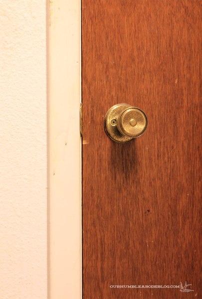 Basement-Door-Trim-and-Handle