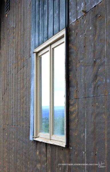 Boys-Bedroom-Window-Before-Outside