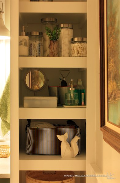 Main-Bathroom-Shelf-Contents