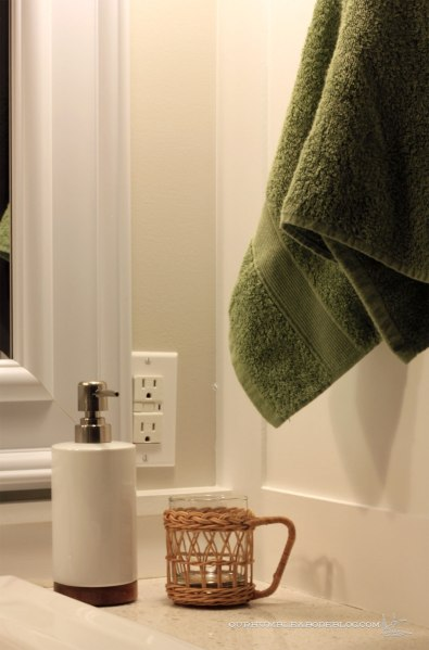 Main-Bathroom-Soap-and-Cup-Detail