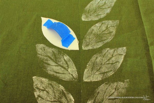 Stamping-Green-Leaf-Pillows