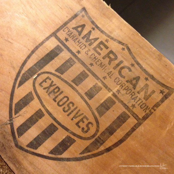 Vintage-Wood-Crate-Seal-Detail