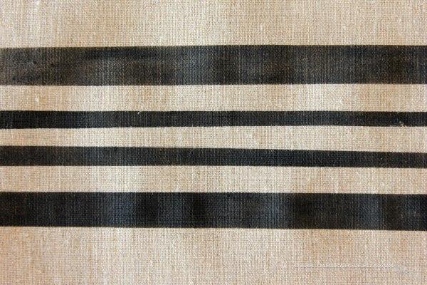 Flour-Sack-Chair-Seat-Stripe-Detail