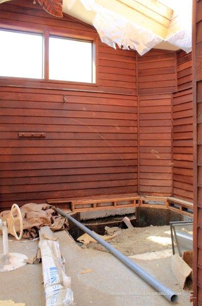 Pool-House-Hot-Tub-Area-Aug-2014
