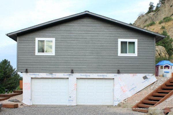 Siding-Options-LP-On-Finished-Garage-ENd